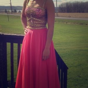 Gently used Sherri Hill prom dress